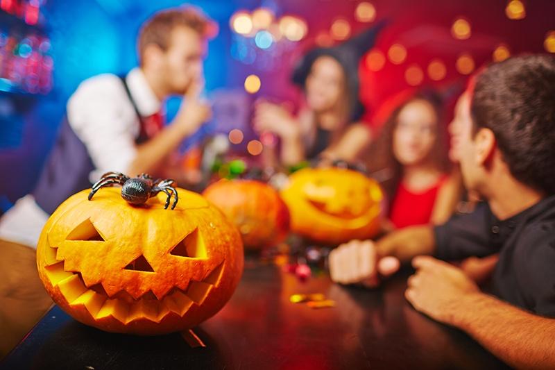 alquiler local fiesta halloween